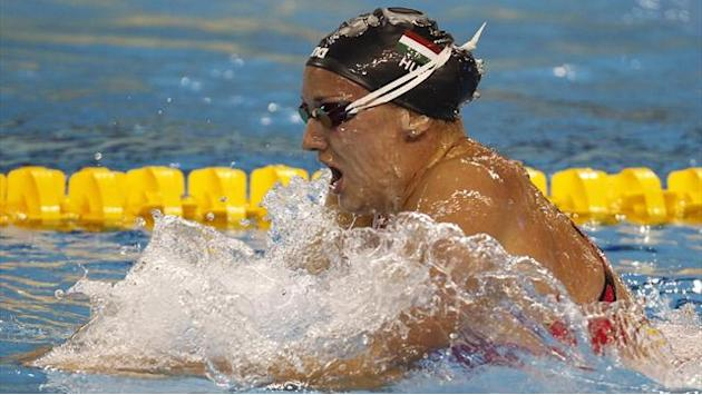 Swimming - Hosszu clinches $100,000 prize in Singapore World Cup meet