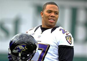 Baltimore Ravens running back Ray Rice (27) warms up during the NFL's Super Bowl XLVII football practice in New Orleans