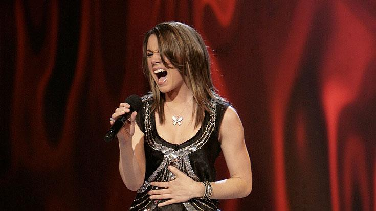 Nicole Tranquillo performs in front of the judges on 6th season of American Idol.
