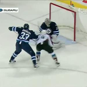 Matt Duchene speeds in and scores on Pavelec
