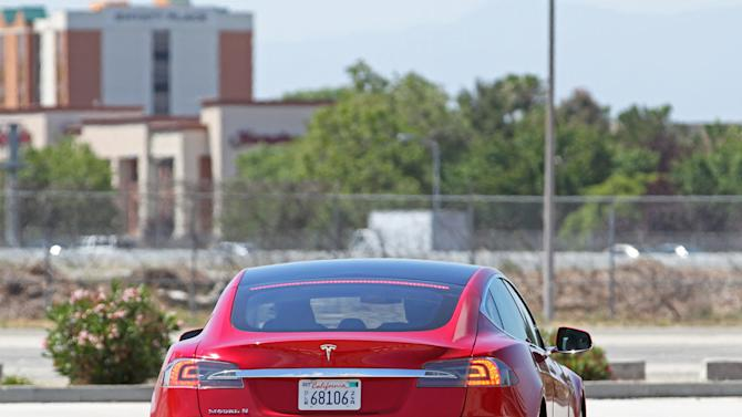 First Drive: Tesla Model S
