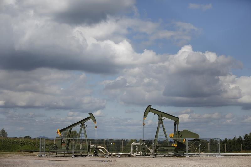 Oil services firms beat expectations, tough times loom