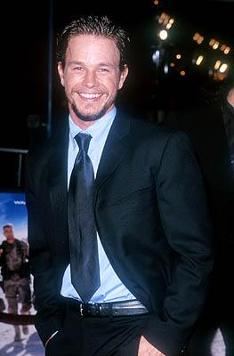 Premiere: Mark Wahlberg at the Mann Village Theater premiere of Warner Brothers' Three Kings - 9/27/1999