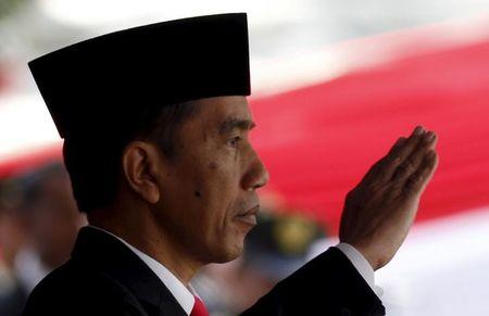 With a whiff of Wall Street, Indonesia's Jokowi tries a new tack