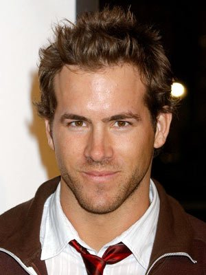 Premiere: Ryan Reynolds at the Hollywood premiere of Warner Bros. Pictures' Miss Congeniality 2: Armed and Fabulous - 3/23/2005