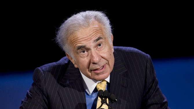 FILE - In this Oct. 11, 2007 file photo, private equity investor Carl Icahn speaks at the World Business Forum in New York. On Monday, Nov. 5, 2012, Netflix announced it is moving to protect itself against hostile takeovers, less than a week after activist investor Carl Icahn disclosed that he has accumulated a stake of nearly 10 percent in the online video company.  (AP Photo/Mark Lennihan, file)