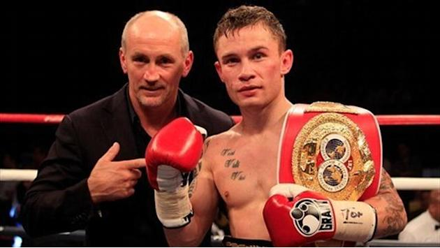 Boxing - Frampton stops Parodi in six