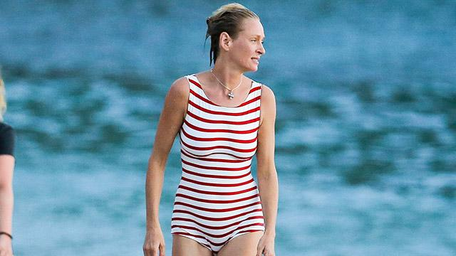 Uma Thurman, 45, Puts Her Slim Bod on Display in Adorable Retro Swimsuit