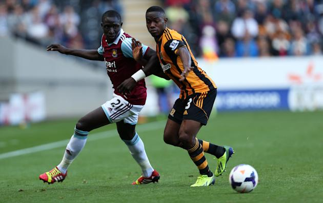 Soccer - Barclays Premier League - Hull City v West Ham United - KC Stadium