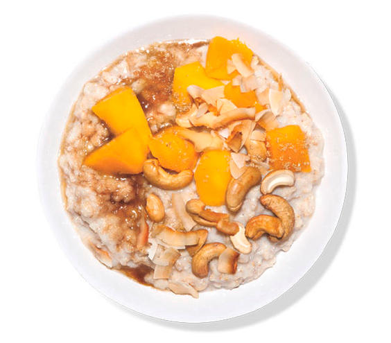 Oatmeal With Mango and Coconut