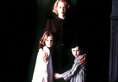 Nicole Kidman with Alakina Mann and James Bentley in Miramax's The Others