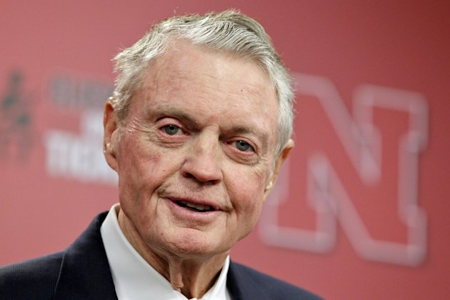 "Nebraska athletic director Tom Osborne jokes about his health as he announces his retiring as of Jan. 1, during a news conference held in Lincoln, Neb., Wednesday, Sept. 26, 2012. The 75-year-old Osborne said ""the perception"" that you're getting old ""can get in the way."" He also said he didn't want to be a distraction. (AP Photo/Nati Harnik)"