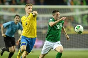 Robbie Keane ruled out of Austria game after picking up calf injury