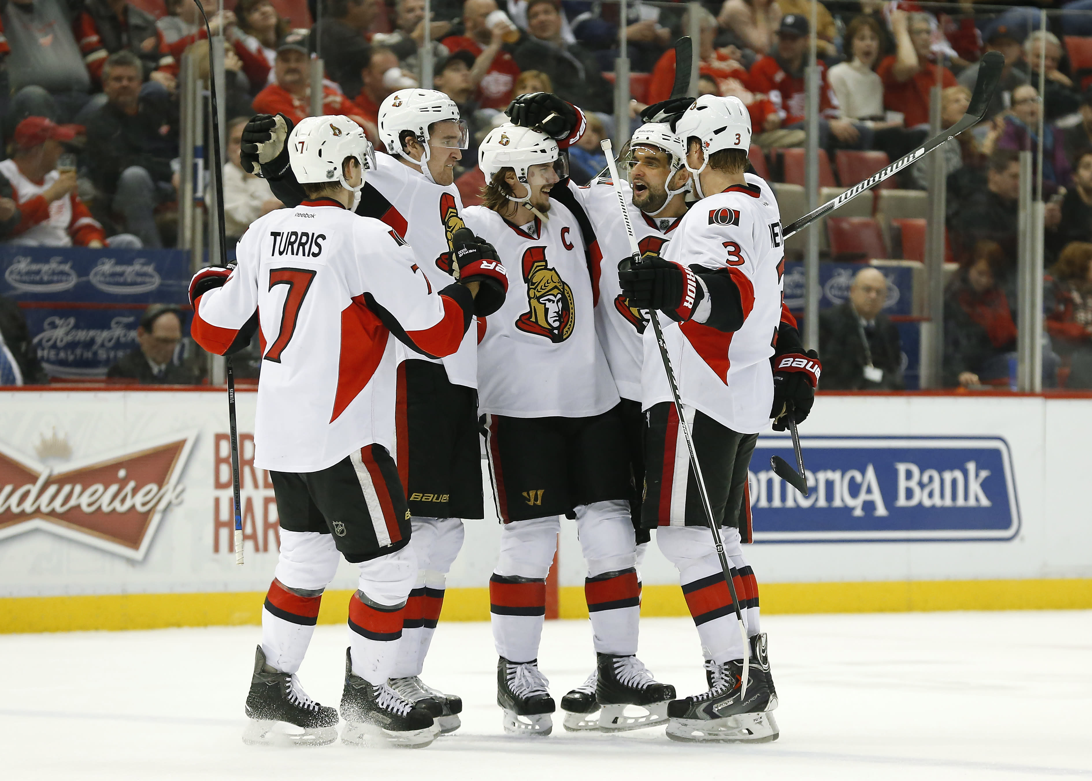 Stone's shootout goal lifts Senators over Red Wings 2-1