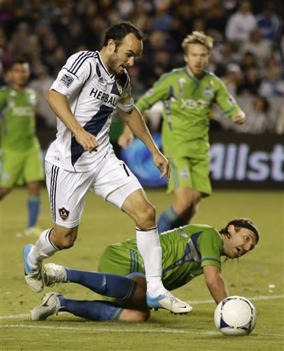 Galaxy beat Sounders 3-0 in 1st leg of West final