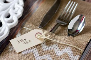 Burlap Utensil Holder: This is a great way to get organized before the big day. Make these sweet utensil holders and then double-check to make sure you have enough silverware for all your guests