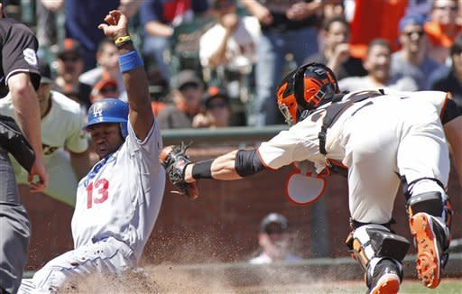 Kemp, Billingsley lead Dodgers past Giants, 10-0