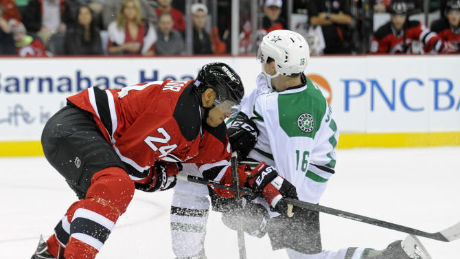 Benn, Spezza score in SO, Stars edge Devils