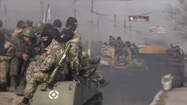 Pro-Russia separatists take armor, humiliating Ukraine forces