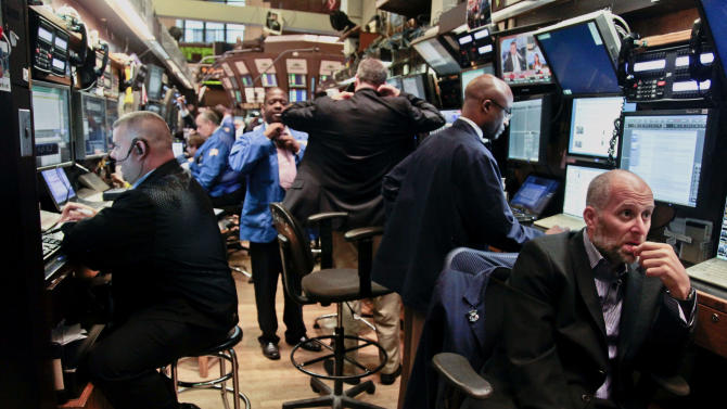 Mixed start on Wall Street ahead of Fed minutes