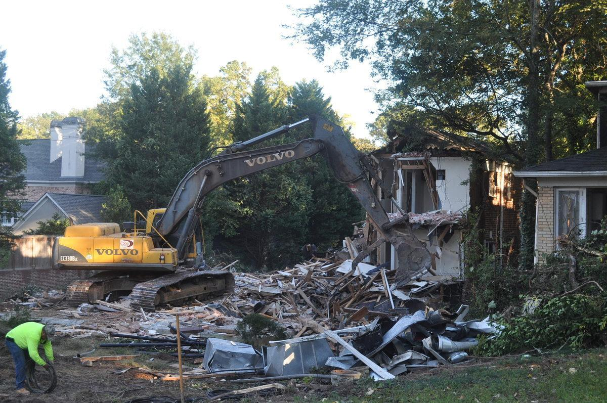 In Photos: Death of Three Big Peachtree Road Houses