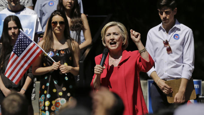 Democratic presidential candidate Hillary Rodham Clinton speaks during a campaign event, Friday, July 3, 2015, in Hanover, N.H. (AP Photo/Elise Amendola)