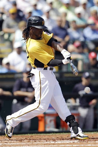 McCutchen powers Pirates past Yankees