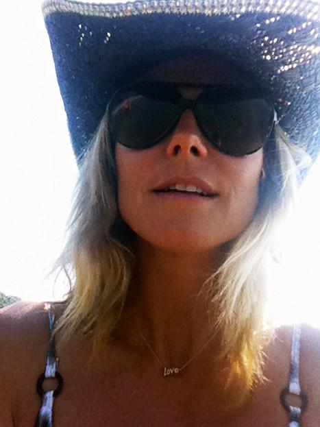 Whoa! Heidi Klum Shows Off Cleavage in Skimpy Bikini