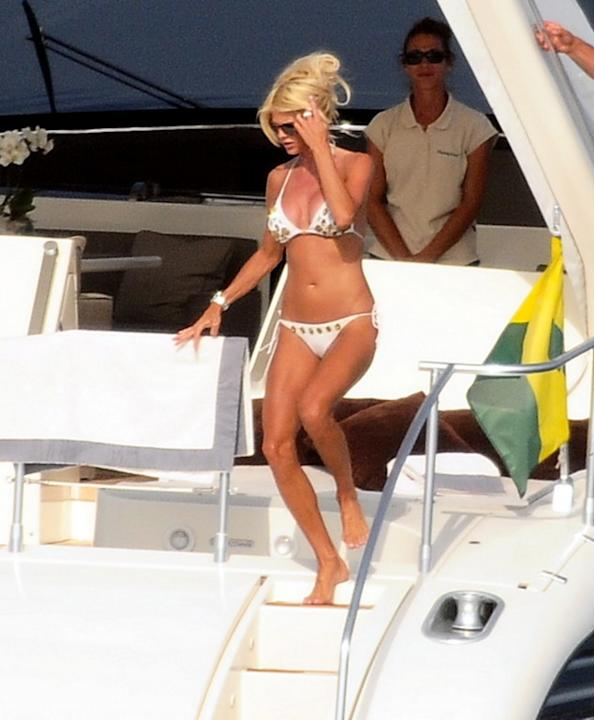 USA-AUS ONLY - Victoria Silvstedt loving life in Saint Tropez