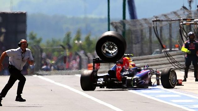 Webber's wheel goes flying in Germany (AFP)