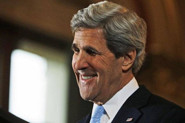 US Secretary of State John Kerry reacts after listening a reporter&#39;s question during a joint news conference with Britain&#39;s Foreign Secretary William Hague, not seen, following their meeting in central London, Monday, Feb. 25, 2013. This is the first overseas trip for the US Secretary of State in his new role. (AP Photo/Lefteris Pitarakis, pool)