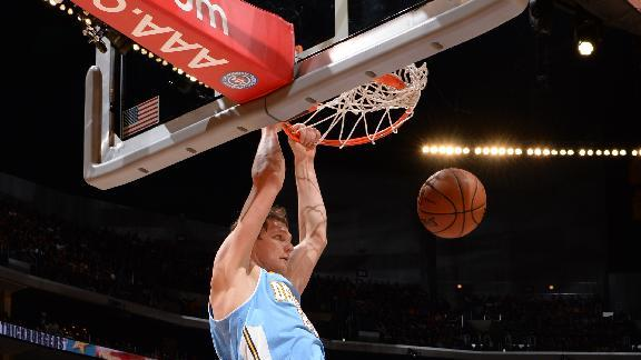 Balanced Nuggets beat slumping Lakers 137-115