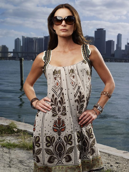 Gabrielle Anwar stars as Fionna Glenanne in Burn Notice.