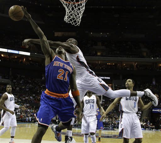 Henderson, Walker lead Bobcats over Knicks 106-95