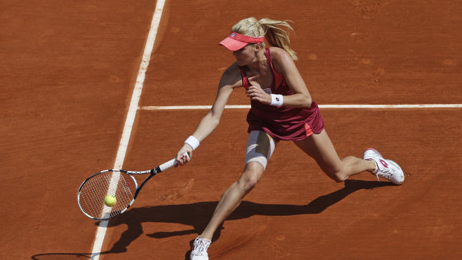 Poland's Agnieszka Radwanska returns against Israel's Shahar Peer in their first round match of the French Open tennis tournament, at Roland Garros stadium in Paris, Monday, May 27, 2013. (AP Photo/Michel Spingler)