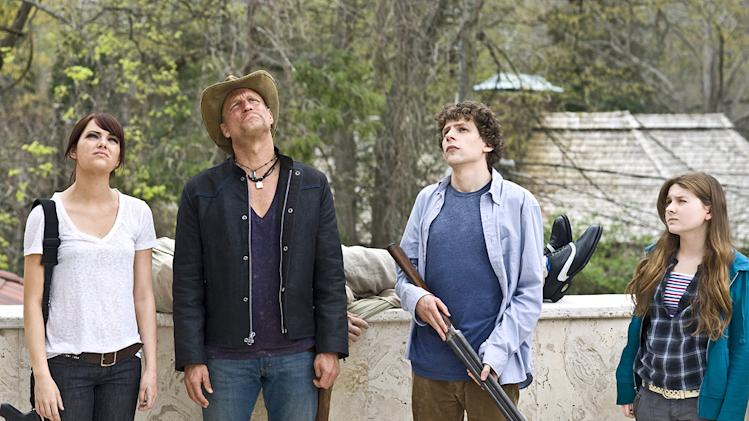 Zombieland Columbia Pictures Production Photos 2009 Emma Stone Woody Harrelson Jesse Eisenberg Abigail Breslin