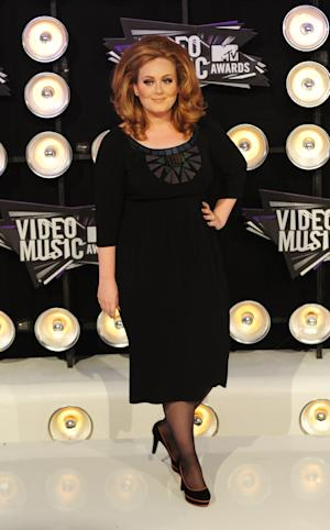 Adele leads American Music Awards nominations