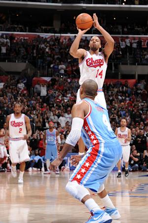 Spurs beat Clippers 103-100 in OT on Neal's key 3s