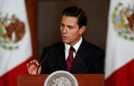 Mexico's president to meet with Trump amid populist pressure at home
