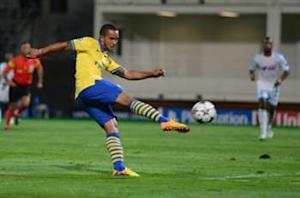 Walcott suffers injury setback