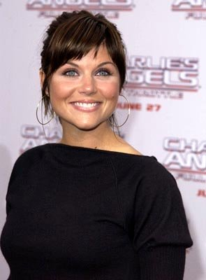 Premiere: Tiffani Thiessen at the LA premiere of Columbia's Charlie's Angels: Full Throttle - 6/18/2003