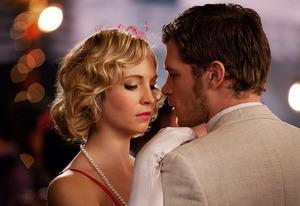 Candice Accola, Joseph Morgan | Photo Credits: Annette Brown/The CW