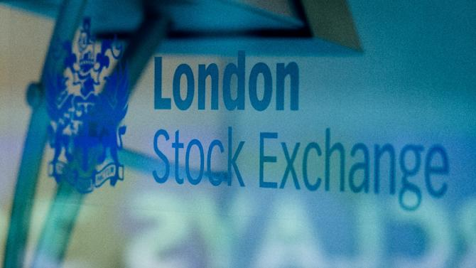 London's benchmark FTSE 100 tumbled 1.72 percent to end the day at 6,773.04 points