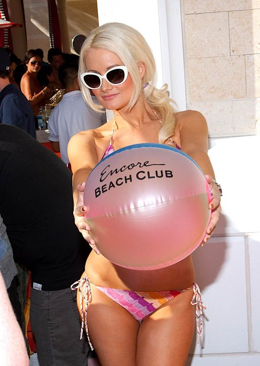 Holly Madison Encore Club Vegas