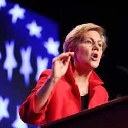 Elizabeth Warren Is Good and Bad News for the Democrats