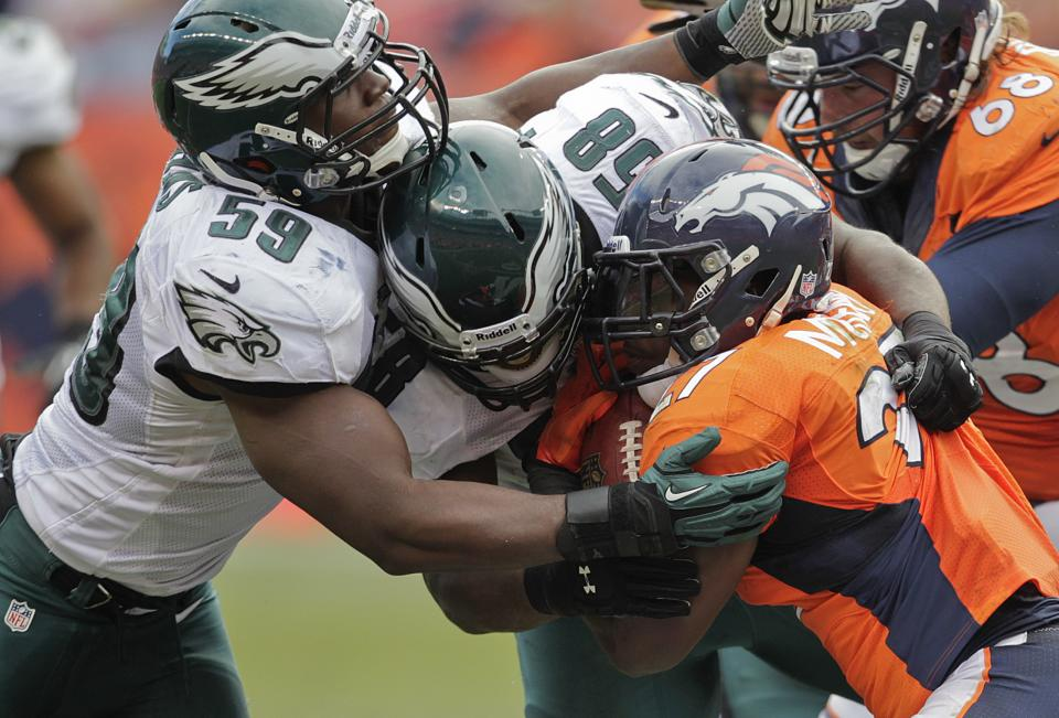 Eagles look to snap home losing streak vs. Giants