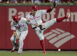 Phillies beat Cardinals 5-3 in 10 innings