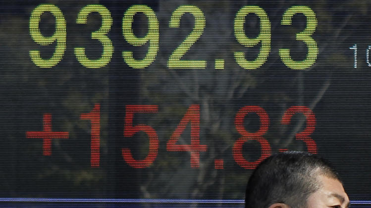 World stocks rise on hopes for Greece, US economy