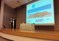 <p>Professor Wolfgang Lutz made his public lecture in front of 140 attendees including academics and urban planners (Yahoo! photo)</p>