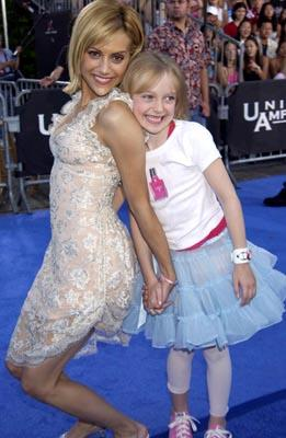 Brittany Murphy, Dakota Fanning Teen Choice Awards - 7/2/2003